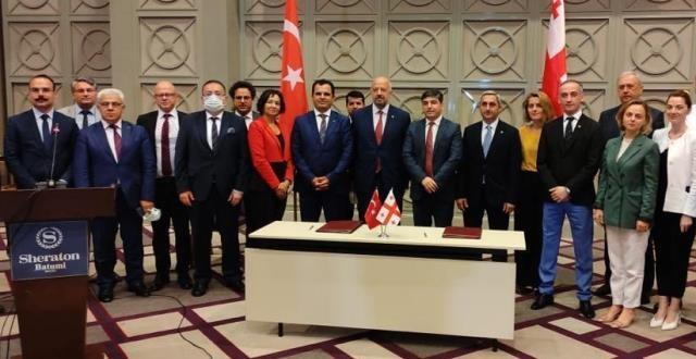 Gürcistan'ın Batum kentinde Türkiye-Gürcistan Ortak Gümrük Komitesi Üçüncü Toplantısı, Ticaret Bakan Yardımcısı Sn. Rıza Tuna TURAGAY'ın katılımıyla yapıldı.